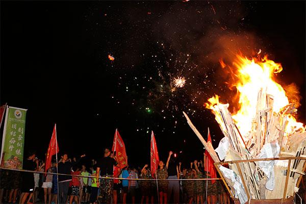 北京青少年军事夏令营