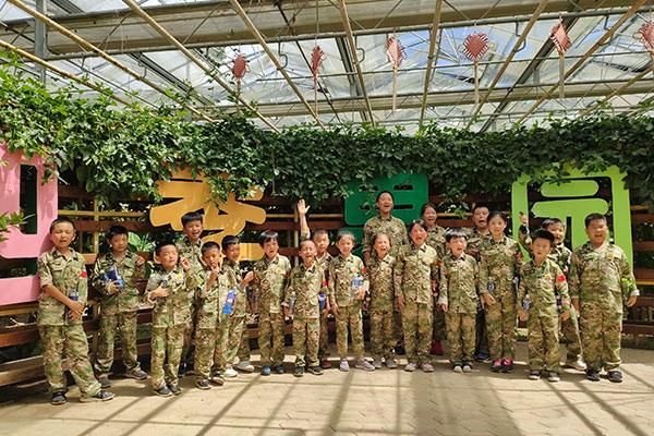 上海小猎鹰军事夏令营