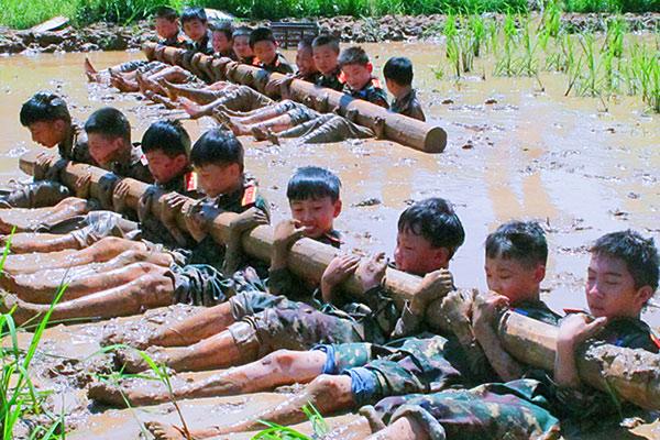 江西上饶八一军事夏令营