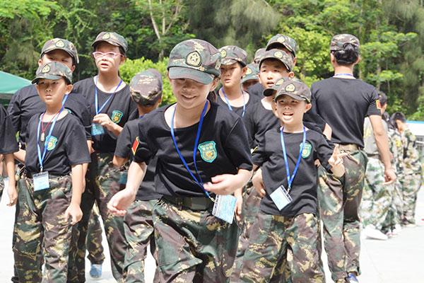 深圳新长征军事夏令营