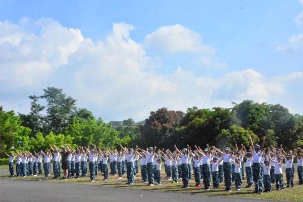 广州军事科技夏令营开启孩子阳光心智