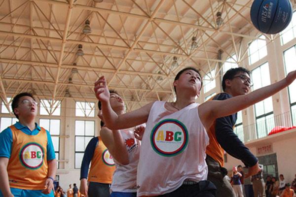 青少年暑假参加北京篮球夏令营的感想