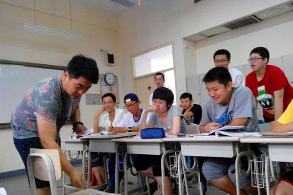 北京励志夏令营要选对,扬起孩子成长风帆