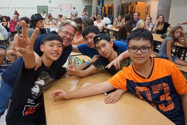西安出国游学夏令营,感受他国的人文文化