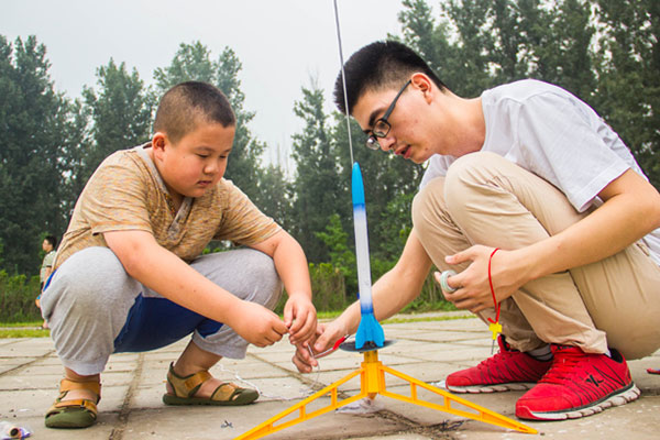上海中学生科技夏令营,揭开科技神秘的面纱