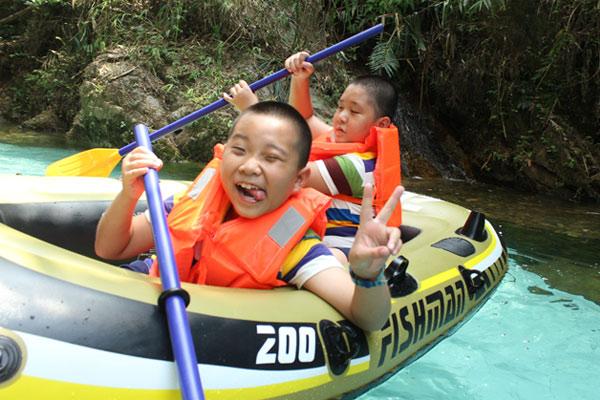 广州小学一年级夏令营活动让孩子快乐学习