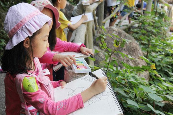 深圳画画夏令营与传统绘画培训班的3大区别
