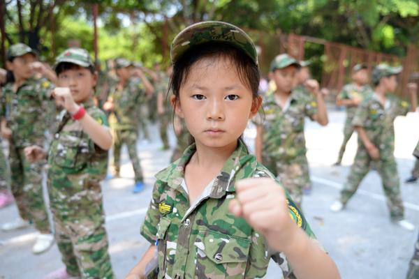 中小学生参加武汉军旅夏令营的三大好处